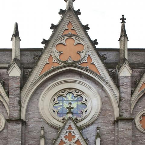 Facciata della Chiesa di Alberone